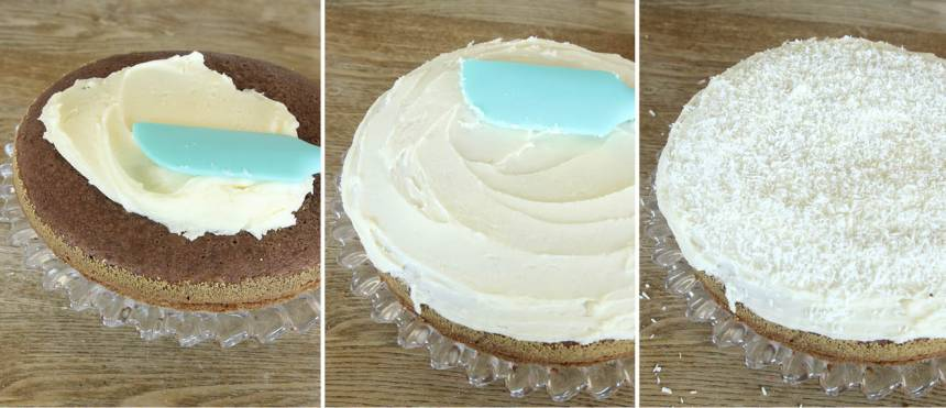 5. Bred ut glasyren över kakan när den kallnat och strö över kokos. Låt den stelna och skär sedan kakan i bitar.