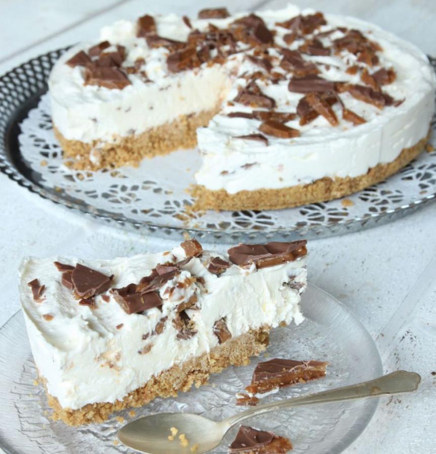 Ljuvligt god, fryst Daimcheesecake - klicka här för recept!