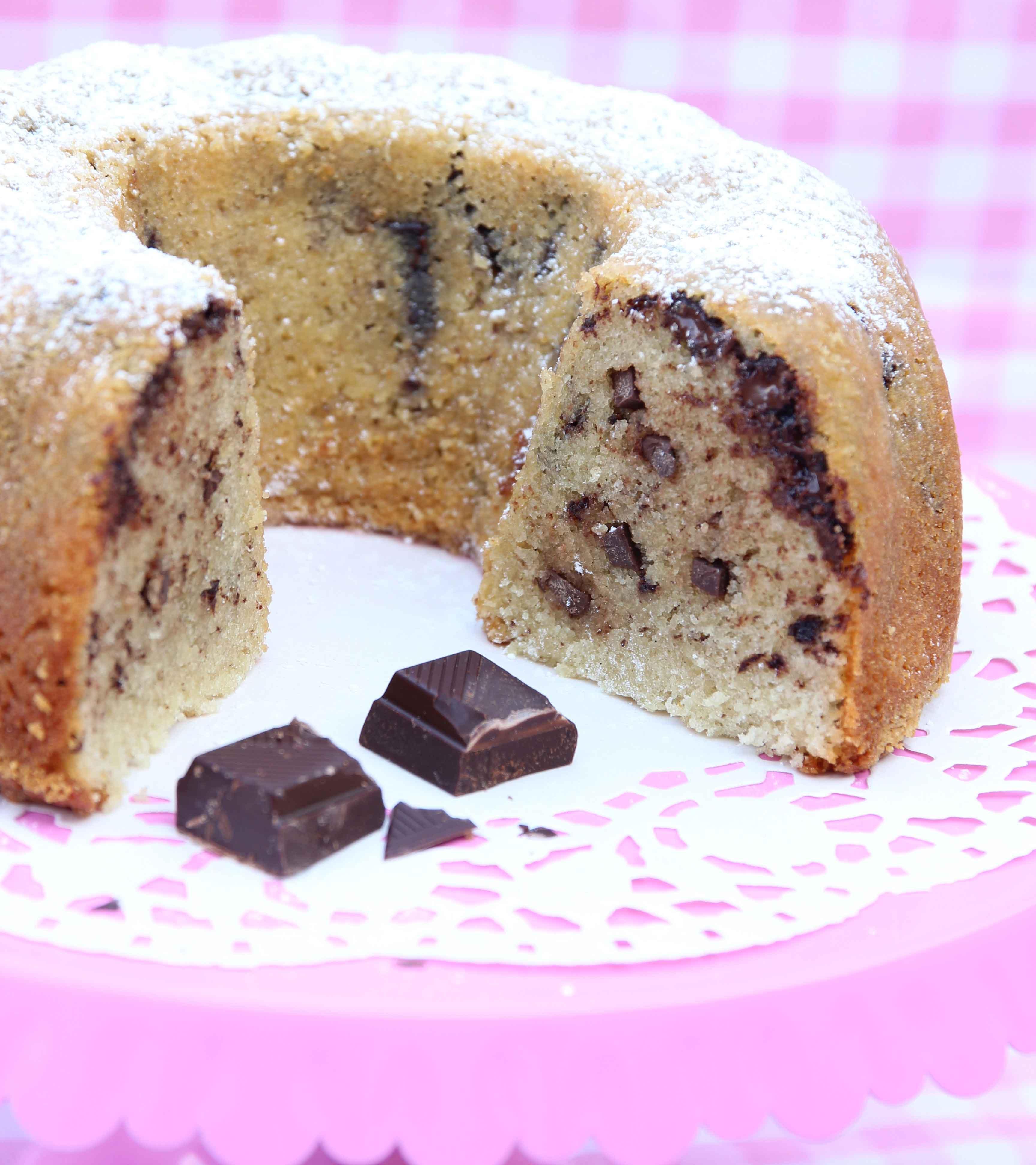 sockerkaka med chokladbitar