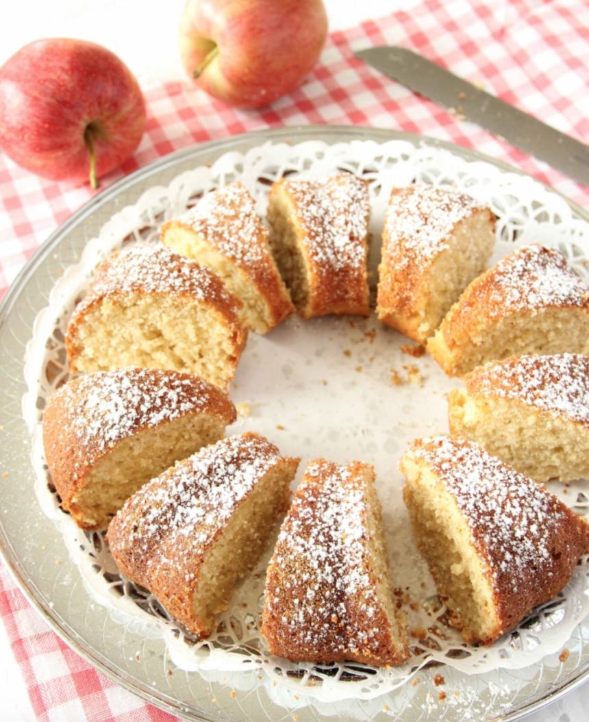 Saftig, supergod äppelsockerkaka –klicka här för recept!