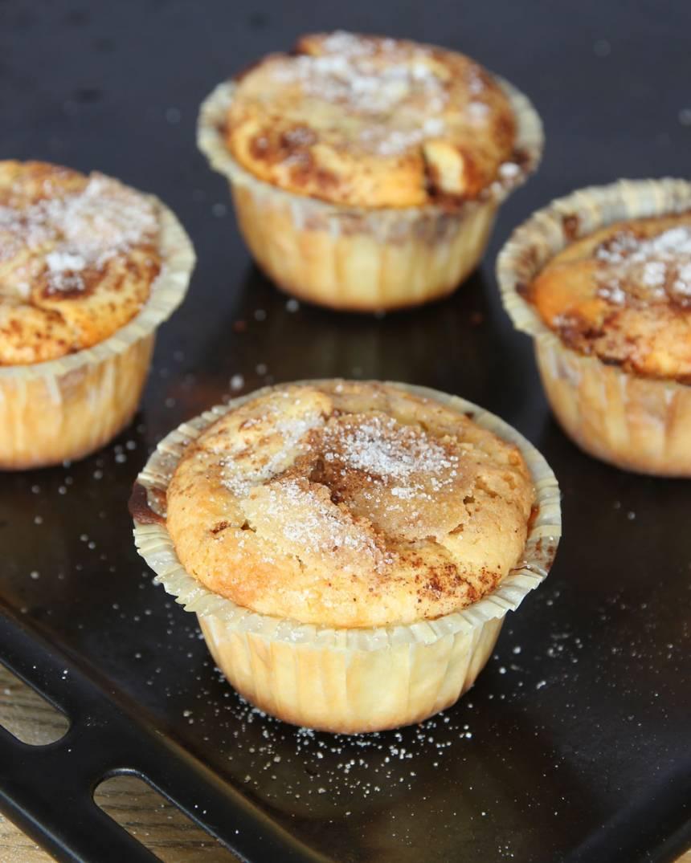 7. Grädda muffinsarna mitt i ugnen i ca 12–15 min.