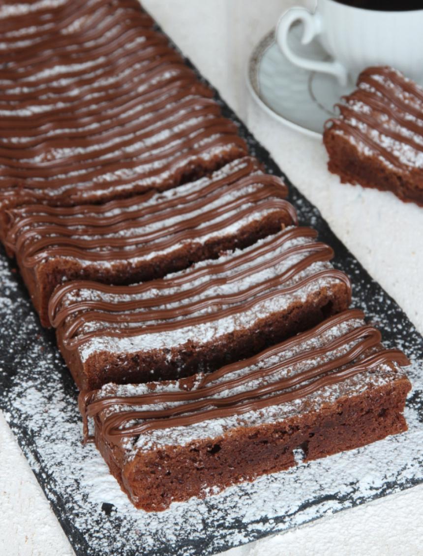 Ljuvligt goda Nutellabrownies med bara 4 ingredienser – klicka här för recept!