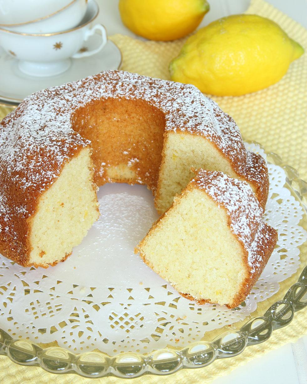 sockerkaka med citronfyllning