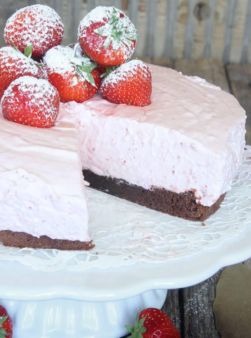 jordgubbsmoussetårta11