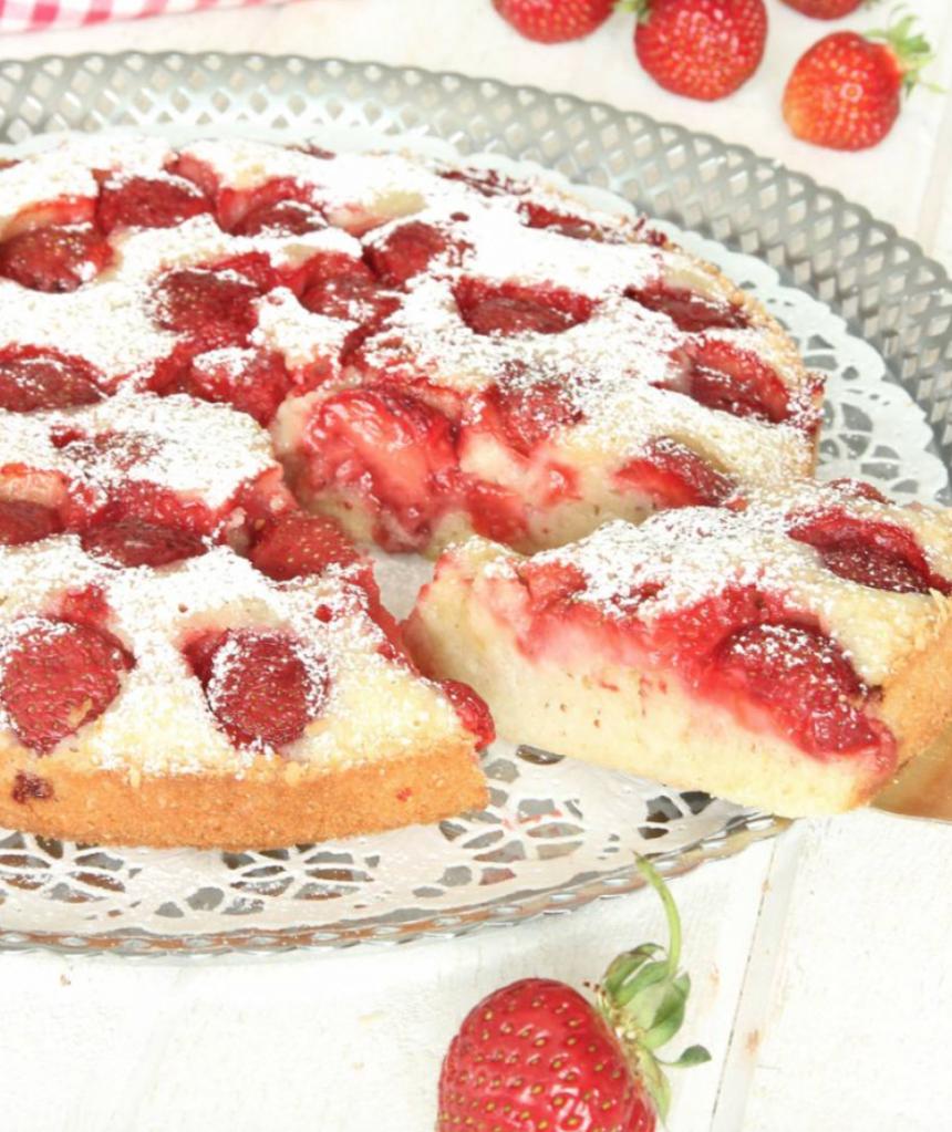 Läcker jordgubbskladdkaka –klicka här för recept!