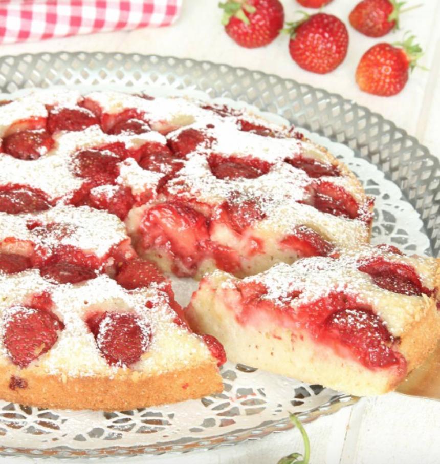 Ljuvligt god jordgubbskladdkaka –klicka här för recept!
