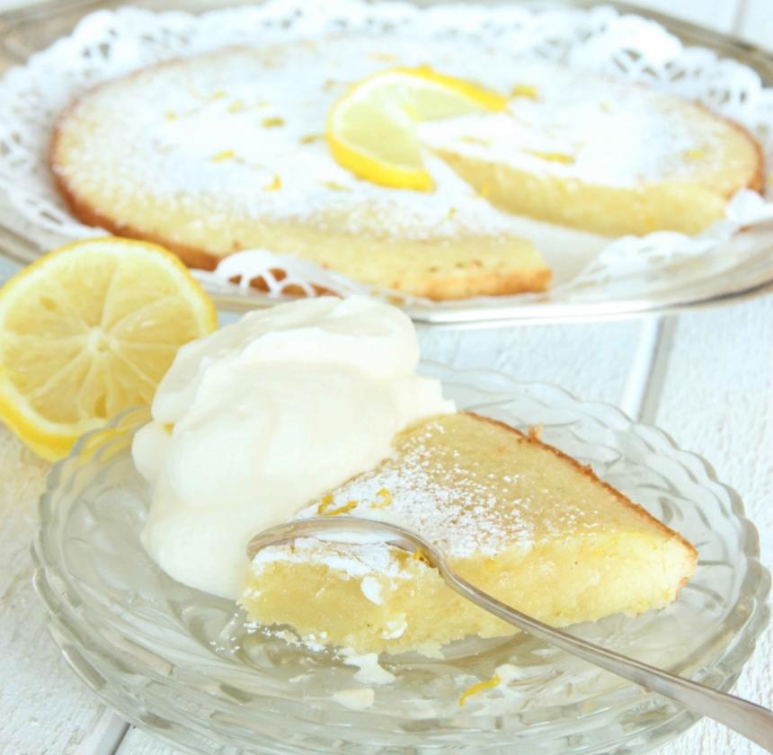 Frisk & fräsch citronkladdkaka –klicka här för recept!