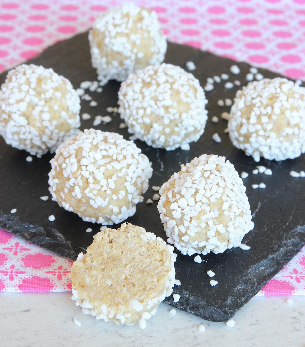 vita chokladbollar utan vit choklad