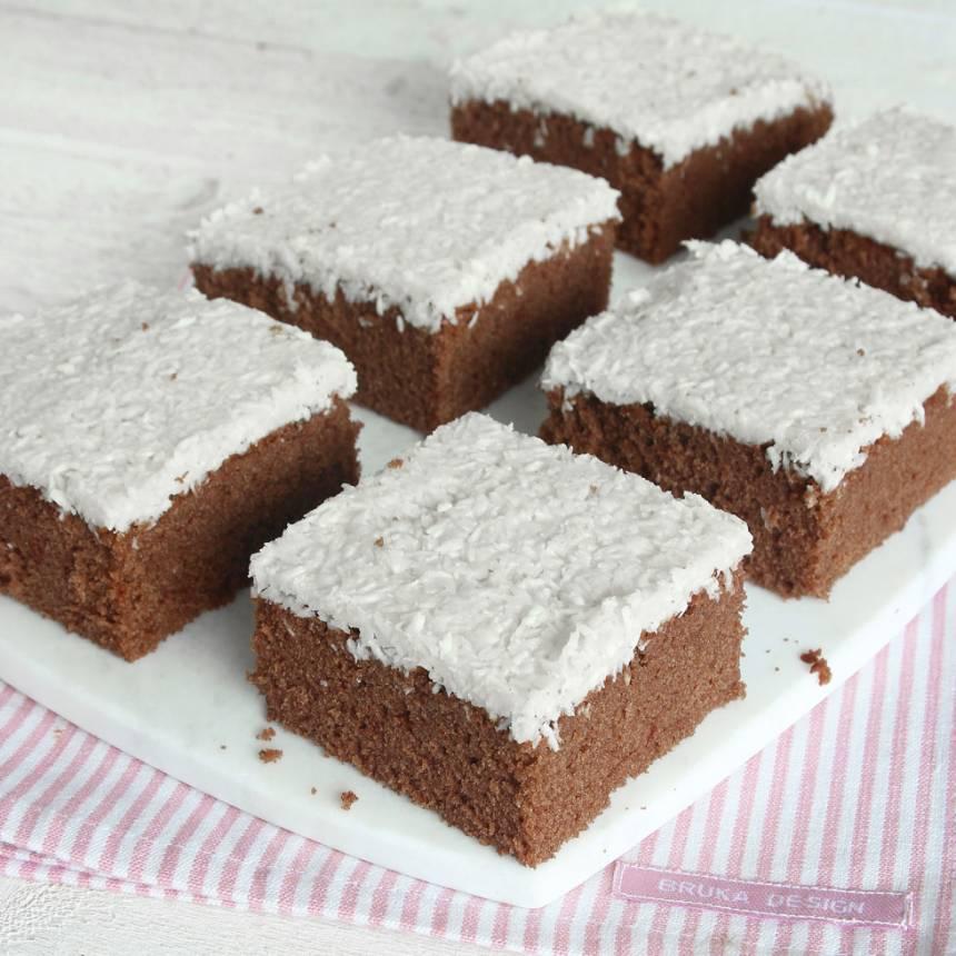 Baka en superläcker Bountykaka –klicka här för recept!