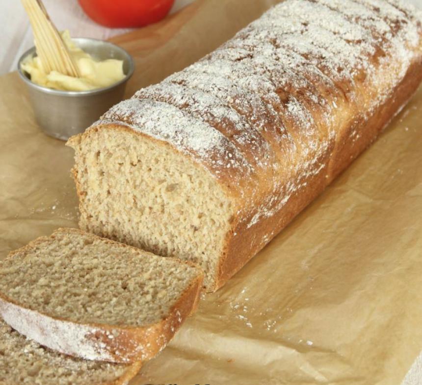 Baka en saftig, härlig, kalljästa råglimpa –klicka här för recept!