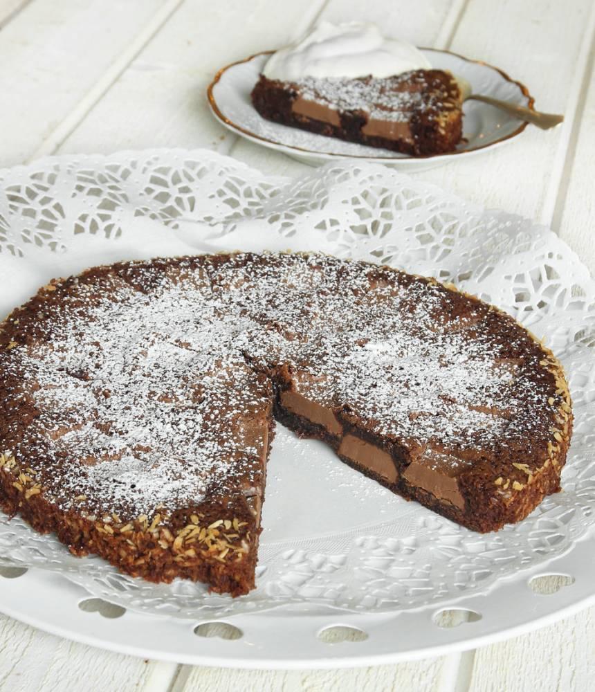 chokladkladdkaka-med-chokladbitar5