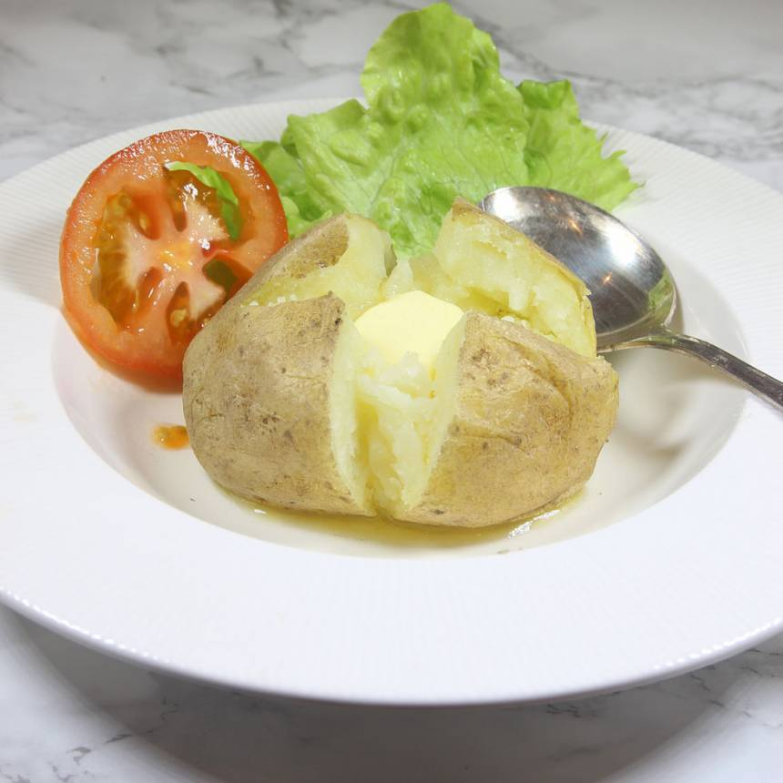 Bakad potatis i mikron –snabbt, supergott och populärt recept! Klicka på bilden för att komma till receptet!