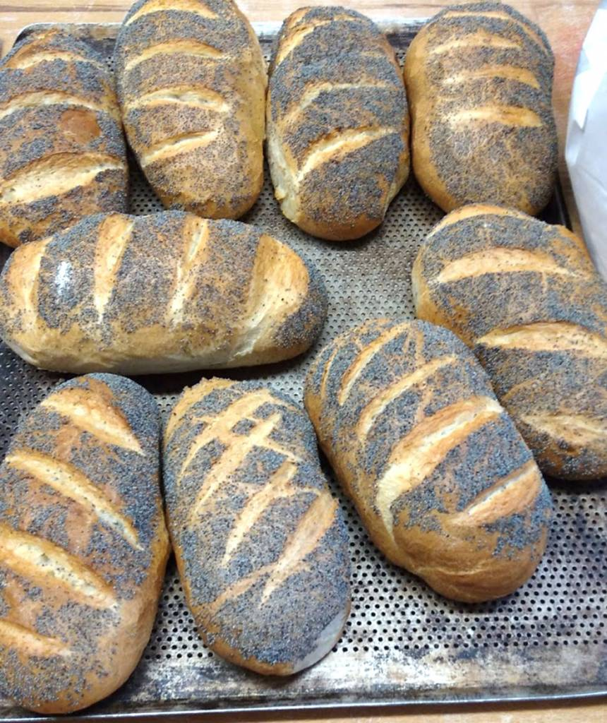 bröd med vallmofrön